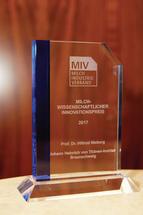 Verleihung Milch-Wissenschaftlicher Innovationspreis 2017 an Frau Prof. Nieberg